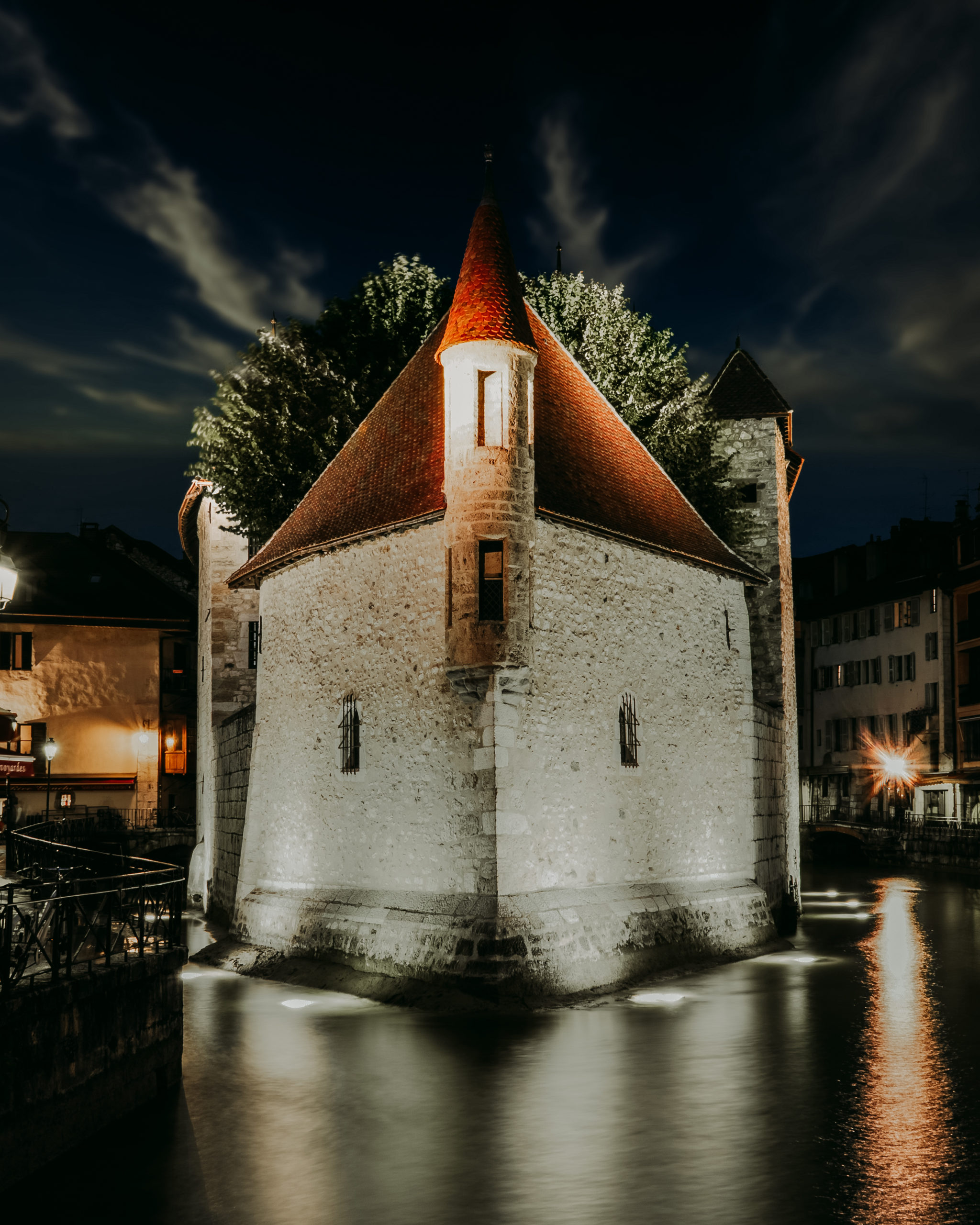 ANNECY-by-NIGHT
